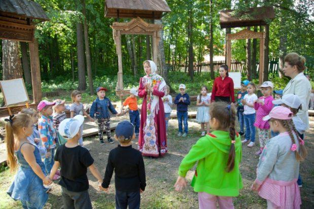 «Яблочный Спас» в Детском музейном центре «Дача Мощевитина»